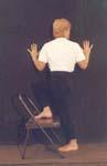 immagine della posizione MARICYASANA IN PIEDI